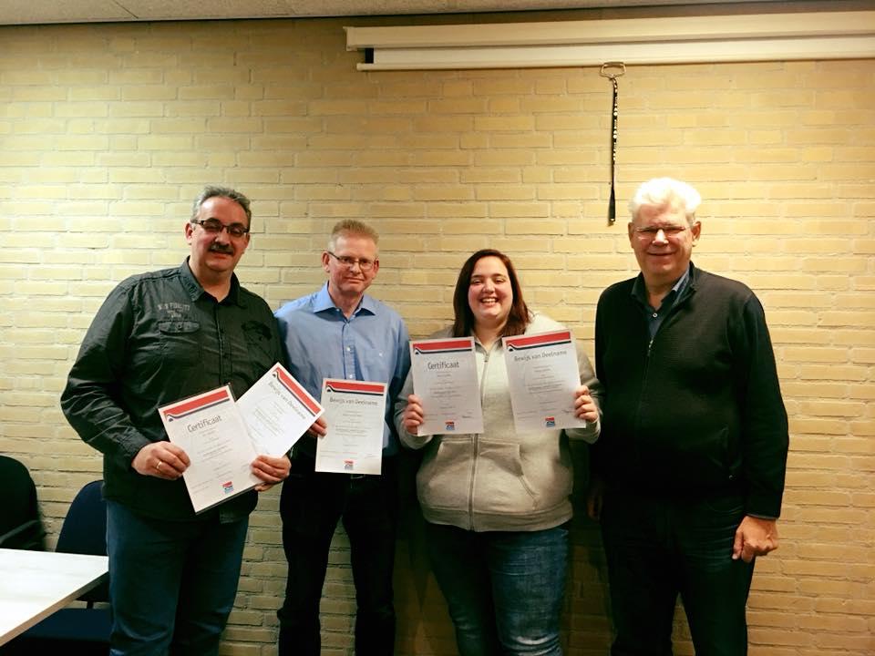 Opleiding kaderleden - Van links naar rechts: Eric, Danny, Rianne en opleider Frank Fellinger.